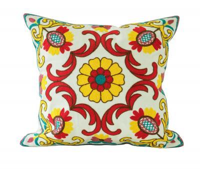 Наволочка декоративная гобелен с вышивкой Жёлтый цветок