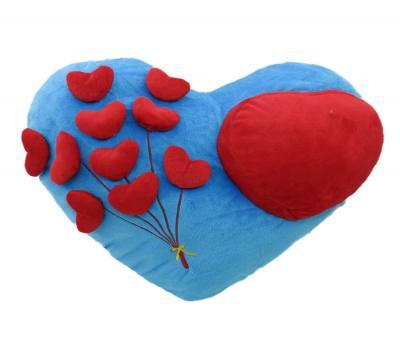 Подушка-игрушка Сердца на голубом