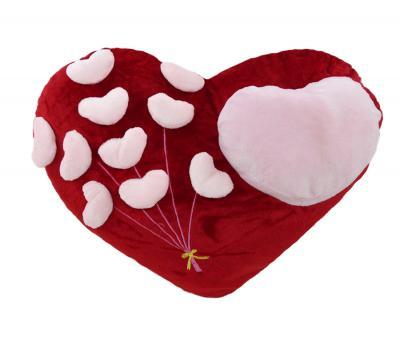 Подушка-игрушка Сердца на красном