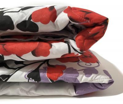 Одеяло Полиэфир 300 гр цветное